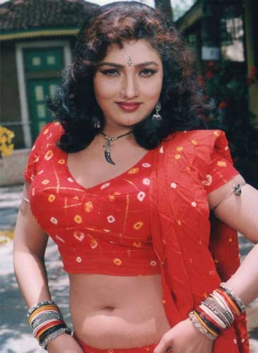 Mallu Masala Aunties Photos: Ramyasree Thoppul Azhagigal In Sexy Red Choli