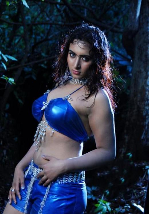 Mallu Masala Aunties Photos: Sexy Vanitha Reddy