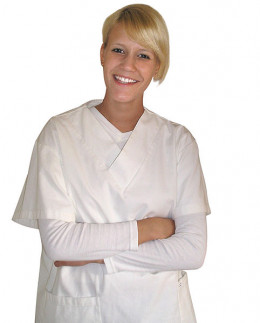 There are many pros and cons to a career in nursing.