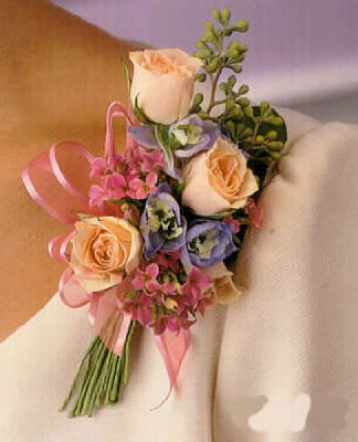 Wedding Flowers And Corsages : Wedding flowers part ii bridal bouquets corsages and