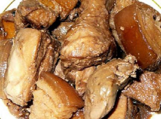 Pinoy Recipe of Adobo pork and chicken