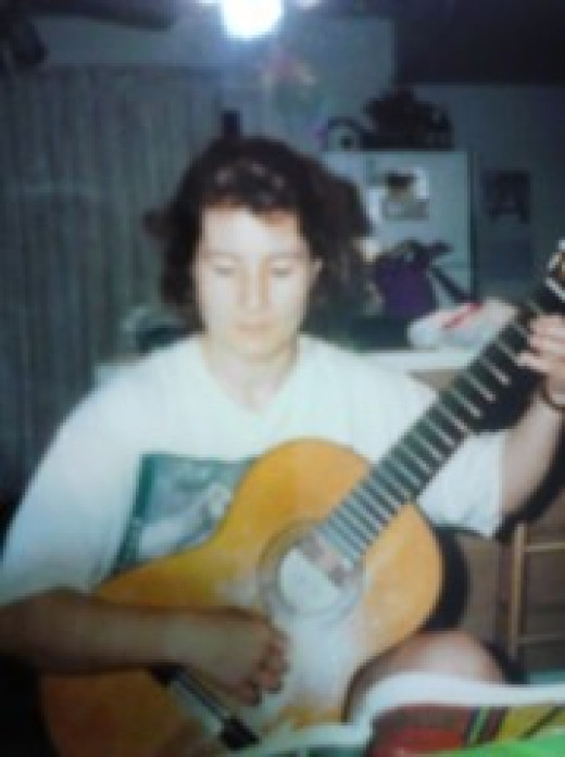 June 1995.  This writer goes to visit her friend Nancy in her home state of New Jersey. Nancy plays classical guitar.