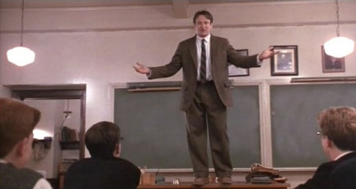 Professor John Keating (Robin Williams) © Touchstone/Buena Vista Pictures