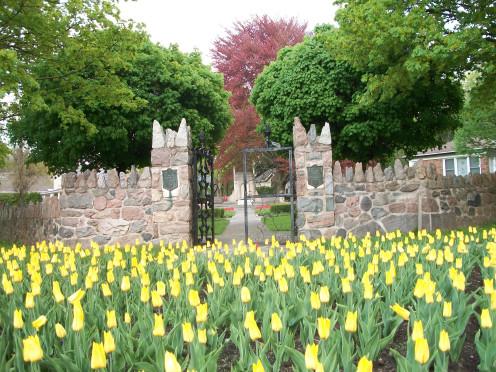 Colonel John MCrae Memorial Gardens, Guelph