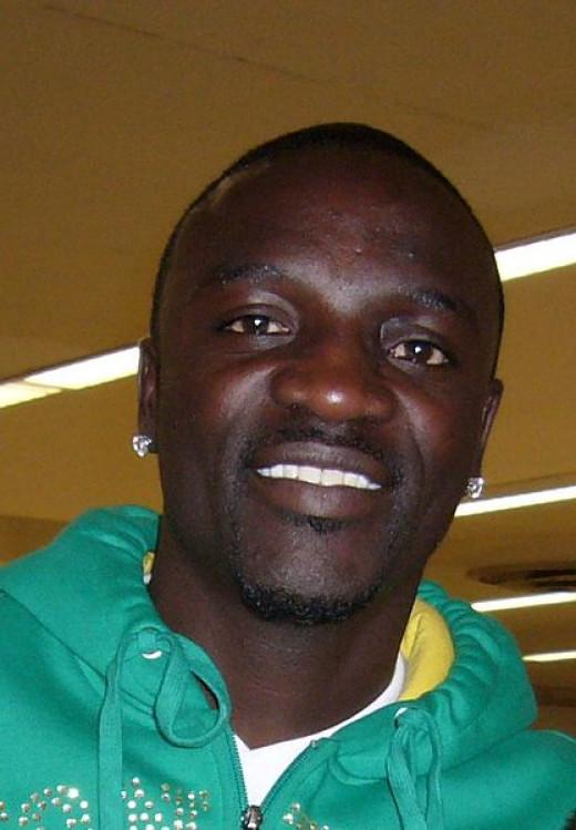 Akon at Airport