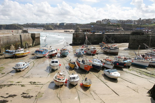 Beachside Restaurants in Newquay: The New Harbour Restaurant Overlooks Newquay Harbour.