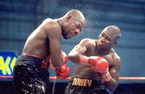 James Toney dominates Iran The Blade Barkley for the Super Middleweight Title.  Lights Out Toney was a defensive and counter punching master.