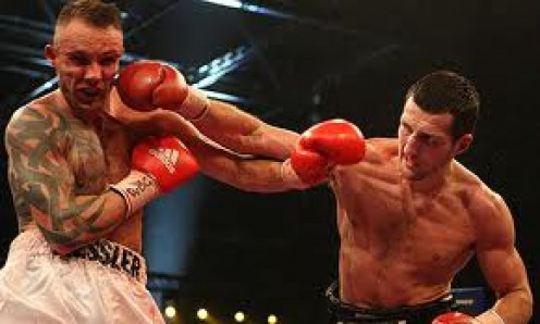 Carl Froch lost a close decision to Mikkel Kessler in a super middleweight title fight. The pair had a rematch and Froch evened the score.