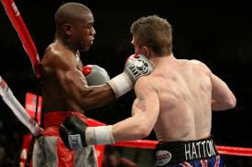 Floyd Mayweather, Jr. Knocked out the undefeated Ricky Hatton in the tenth round.