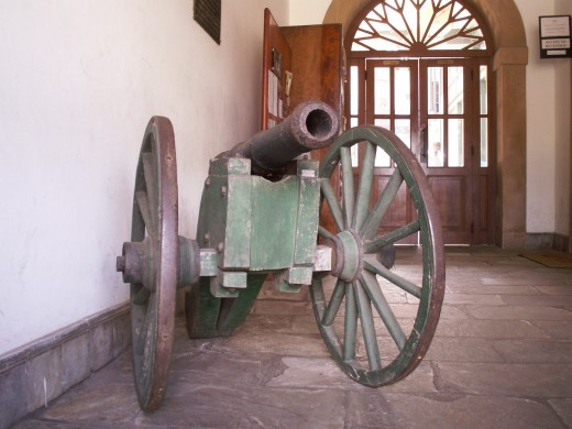 An old Brazilian Artillery Gun inside the Casa da Moeda do Brasil