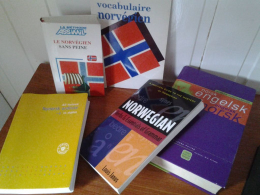 On my desk today: learning material I used from abroad, and a Nynorsk-Bokmål vocabulary builder