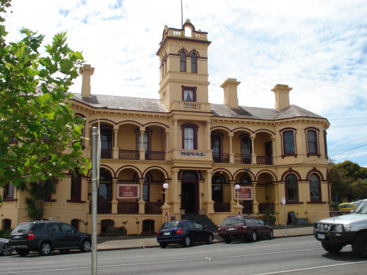 The Royal: One of the Queenscliff Hotels