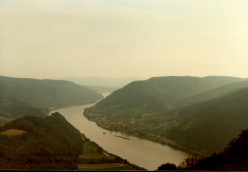 My Adventures Touring Europe in 1982 (10) Danube River