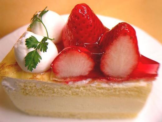 Strawberry crape shortcake