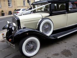 Wedding Planner Courses: Organise wedding cars