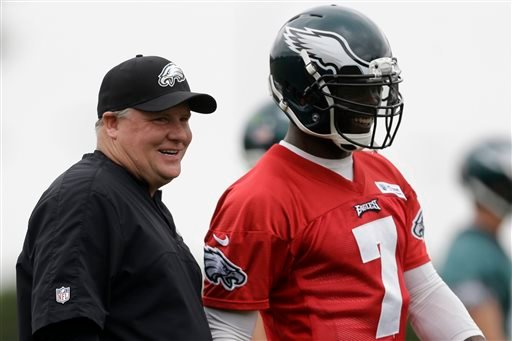 Chip Kelly and Michael Vick