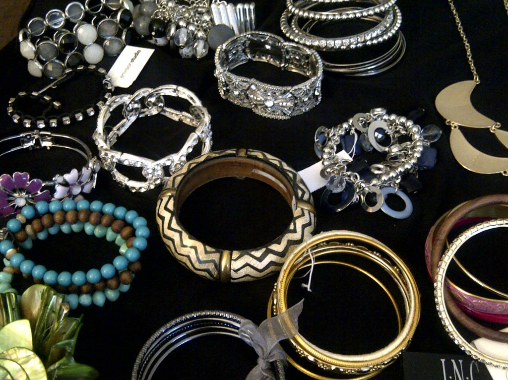 How To Start Your Own Jewelry Business From Home 7 Tips