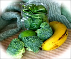 MJ's Gingery Green Goo Fruit and Veggie Smoothie
