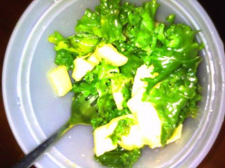 What to do with Kale? How about a nice Kale and Mango Salad!