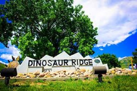 Entrance to Dinosaur Ridge