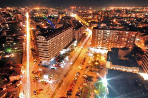 Niš at night