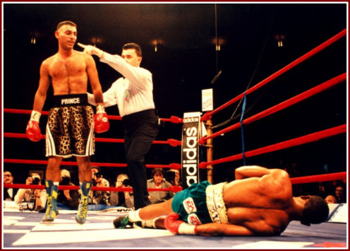 The hard hitting featherweight champion Naseem Hamed knocks out former champion Kevin Kelley. The Prince as he was called had a unorthodox style to say the least.