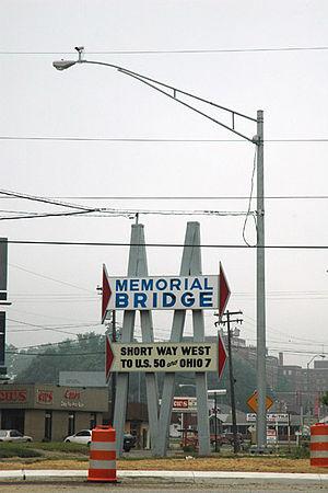 Memorial Bridge links Parkersburg WV to Belpre OH