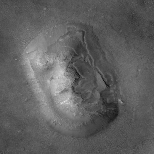 Face on Mars, NASA 2001 Image