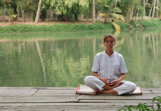 Meditation in quiet places having natural features like trees or water favors the development of inner quietness and facing one's demons.