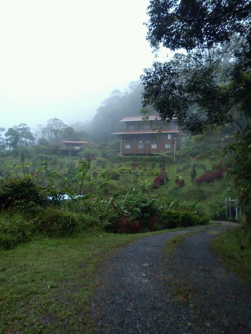 Kinabalu Mountain Lodge is 2 km from the Park Entrance
