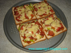 What's the Difference Between Pizza Bread and Bread Pizza?