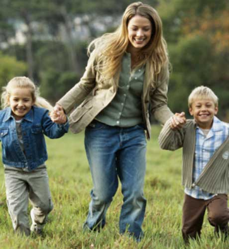 Parenting kids alone is a difficult task but slowly and steadily you will love it.