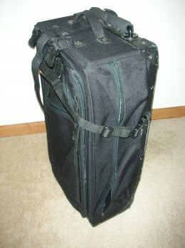 "My 27"" purdyneatstuff bag. Its not as thick as my travel pro."