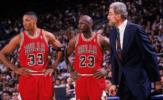 Jackson with Michael Jordan and Scottie Pippen