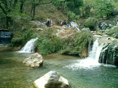 kempty falls the main attraction of Mussoorie.