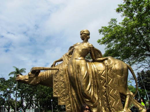 One of the statues in the Capitol Park and Lagoon of Bacolod