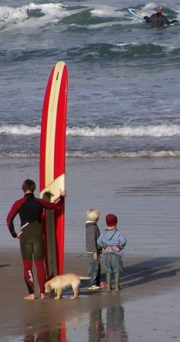 Free Holiday Activities for Kids: Watch a Surfing Cntest on Fistral Beach.