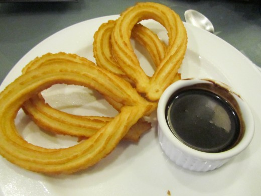 Churros, cakes and pastries in C's!