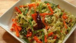 COLOURFUL AND HEALTHY SALADS