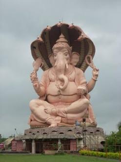 Más alto Estatua Ganapat del mundo, Kolhapur, Maharashra, India