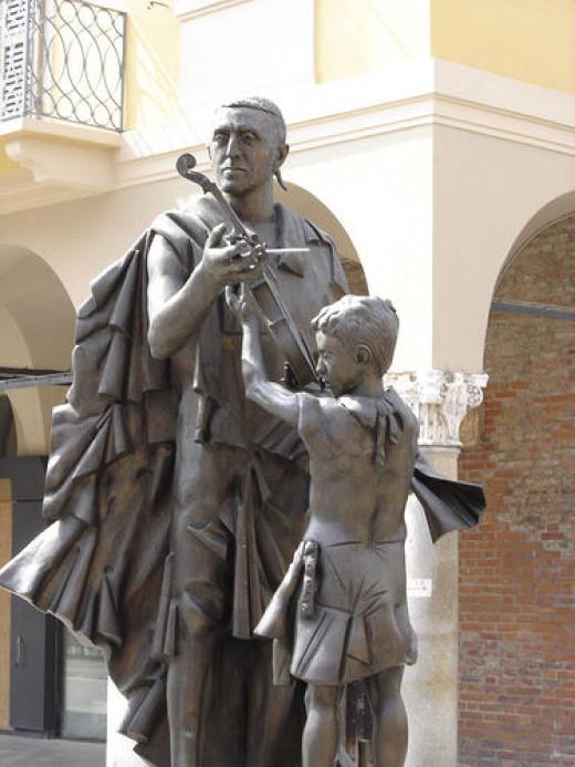 Is Stradivari the best violin maker?