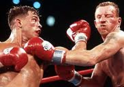 Arturo Gatti and Mickey Ward battle it out in the first of their three wars.