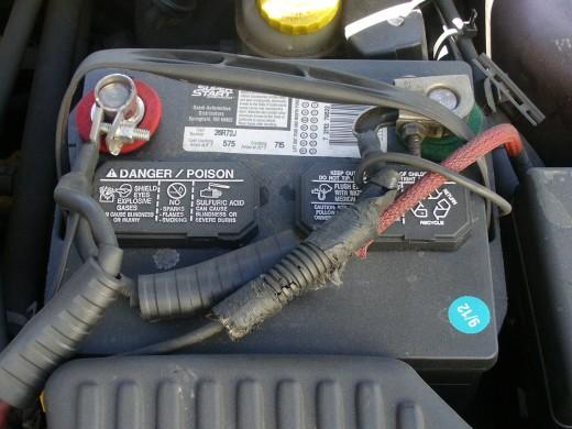 Can a 12 volt car battery kill?