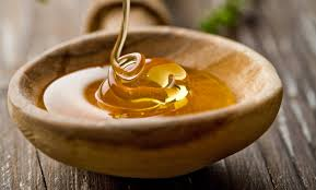 Honey helps in fading away dark marks from acne