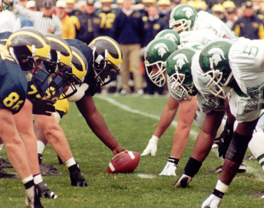 Michigan - Michigan State Play on November 2, 2013