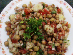 Chickpeas and Peanut Chaat (Chana & Mungfali Benefits) - Immunity booster, good for dieters and tastes amazing