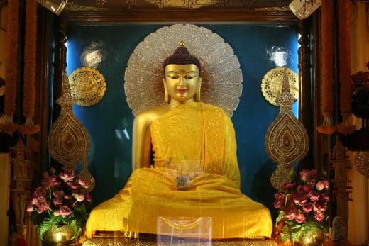 Resplendent Buddha, Mahabodhi Temple, Bodh Gaya