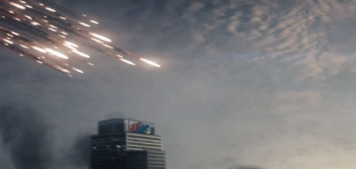The film's story and little easter eggs left a lot of potential for the sequel, as seen by the inclusion of the LexCorp tower.