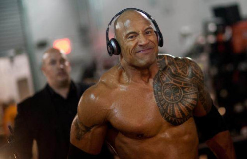 "Dwayne ""The Rock"" Johnson training with his favorite tracks"