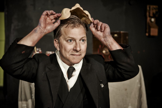 Peter Gerald stars as Jules Pascin in 'Picasso is Coming...Ce Soir' at the Pentameters Theatre, showing each night at 8:00 p.m. until 22nd June.